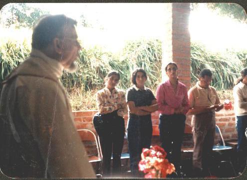 Padre Guillermo 008_Misa Convivencia Chachagui 1981 Antonio Ayala